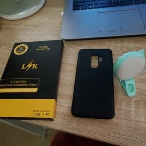 Galaxy S9+ case and screen protectors
